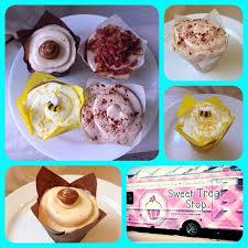 Sweettreatstop Cupcake Carmelbythesea Breakfastattiffanys Luvnlemon Snickerdoodle Desserts Yum