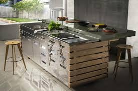 meuble cuisine exterieure bois cuisine exterieure cuisine exterieures meuble pour cuisine