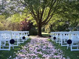 Ceremony infront of the tree Someday Pinterest