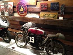 The One Motorcycle Show 2012 ~ Return Of The Cafe Racers Bills Old Bike Barn Museum September 24 2016 Free Spirit Album On Imgur March 2017 Blog 10 X 12 White Rectangle Number Plate Sold 1929 Monet Goyon 250cc Type At French Classic Vintage Gophers And Cheese Donnie Smith Show 2013 Part 5 Kawasaki 8083 Kz550 Repair Manual Midwest Moto Swap