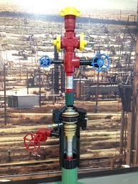 Oil Wellhead Christmas Tree Used In The Production Of Heavy 2448x3264