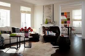 dunkles parkett im wohnzimmer bild 10 living at home