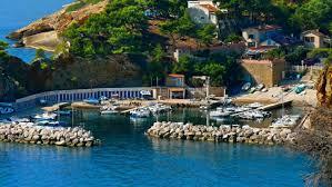 le petit port marseille les calanques de la côte bleue officiel gîtes de