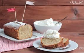 schnell gebacken saftiger marzipan nuss kuchen