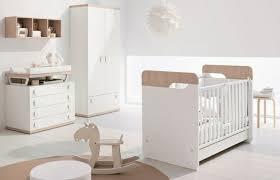 chambre bébé bois 27 chambres bébé blanches avec lit et tour de lit assortis