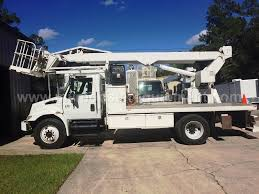 2003 International 4300 Elliott L55 Sign Truck - M102851 - Trucks ...