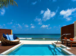 100 W Retreat Maldives Spa
