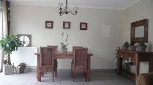 cuisine blanche mur taupe cuisine blanche mur taupe 4 indogate deco chambre beige et gris avec