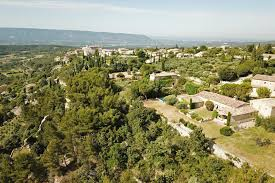 100 Stunning Views Gordes Character Village House In A Dominant Position With