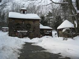 Christmas Tree Shop Warwick Ri by Oakwood Farm Christmas Barn An Old Fashioned Christmas Shop