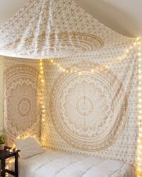 Gypsy Home Decor Pinterest by Best 25 Yoga Room Decor Ideas On Pinterest Yoga Decor Zen