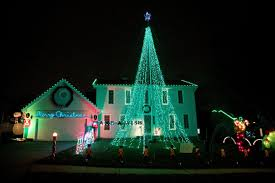 Christmas Tree Farm Lincoln Nebraska by 2016 U0027s Best Omaha Area Neighborhoods To See Holiday Lights Good