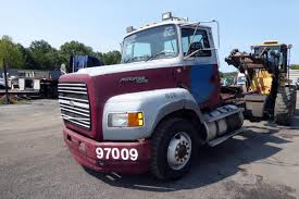 1995 Ford L9000 AeroMax Single Axle Day Cab Tractor For Sale By ...