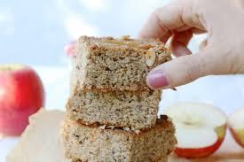gesunder apfelmus kuchen mit nüssen vegan backen mrs flury