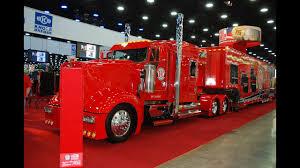 100 Ralph Smith Trucking Mid America Truck Show Big Rigs MATS Custom Trucks Lights Chrome BlingMaster Part 2