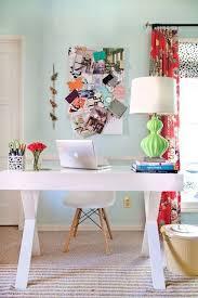bureau coloré idées déco pour votre bureau
