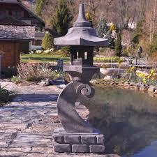 eclairage jardin lanterne japonaise de lave l 36 x p