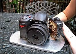 Whoever made this cake must have known the birthday boy girl to be a photography fan and they definitely went all out with this one