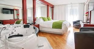 chambre de luxe avec bain tourbillon les suites de laviolette
