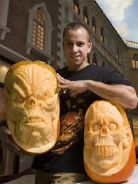 Largest Pumpkin Ever Carved by Awesome Pumpkin Carvings By Villafane Smashcave