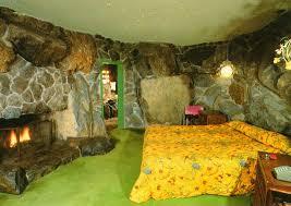 madonna inn rock guest room it is a kitschy kool place