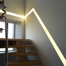 profil blade d éclairage encastré dans un escalier eclairage