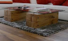 suche wohnzimmer tisch balken und glas möbel wohnen