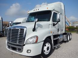 USED 2012 FREIGHTLINER CASCADIA MID ROOF TANDEM AXLE SLEEPER FOR ... 2015 Intertional Prostar Plus Sleeper Semi Truck For Sale 2010 Freightliner Columbia Tampa Florida Used Big Sleepers Come Back To The Trucking Industry Used 2014 Lvo Vnl630 Tandem Axle Sleeper For Sale In Tx 1082 Freightliner Coronado 1433 Testimonials Ari Legacy 2013 Ms 6895 Truck Trailer Transport Express Freight Logistic Diesel Mack