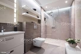 exklusive moderne badezimmer stockfoto und mehr bilder 2015