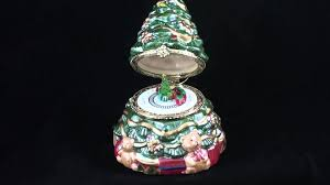 Tannenbaum Christmas Tree Train by 18021 Mr Christmas Porcelain Music Boxes 4 1 2