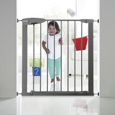 barriere escalier leroy merlin barrière de sécurité enfant munchkin portillon semi auto métal