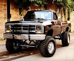100 Trucks And Cars Trucks And Cars Pickuptrucks Pickup Trucks Pinterest