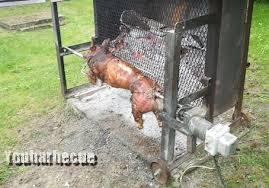 comment cuisiner un cochon préparation et cuisson du cochon à la broche youbarbecue org