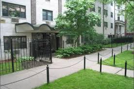 525 W Oakdale Ave Rentals Chicago IL RENTCafé