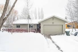 100 Jackson Hole Homes 1035 W Brahma Dr WY MLS 1998 Elizabeth Palmer 307