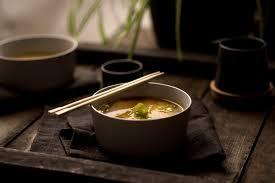 bouillon blanc en cuisine crokmou bouillon japonais au miso blanc v