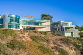 100 The Razor A Modern Concoction Of Concrete And Glass The House Aims For