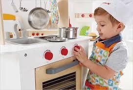 jeux chef de cuisine hape cuisine du chef en bois cavernedesjouets com