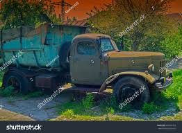 100 Junk Truck Old Standing On Street Stock Photo Edit Now