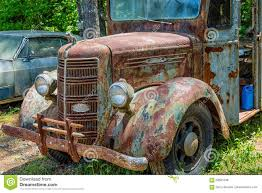 Old Rusty Mack Truck Editorial Photo. Image Of Antique - 69561536