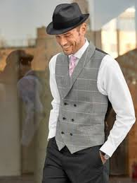 Mens Vintage Style Wedding Party Look