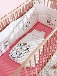 chambre bébé disney chambre de bebe disney tour de lit disney blanc bacbac decoration