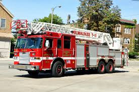 Wi , Milwaukee Fire Department : Ladder Detroit Fire Department Different Ladder Trucks Quint 10242014 Vintage San Francisco Seeking A Home Nbc Bay Area Hook And Ladder Trucks From The District Of Columbia South Euclid Takes Ownership New Truck Hook Annapolis Stock Truck Dimeions Accsories New Dtown City Boise Wi Milwaukee Foxborough Zacks Pics Brand Fire Fdny Tiller Ladder 5 Battalion Chief 11 Apparatus Carrboro Nc Official Website Chief Proposed Purchase Laddpumper