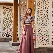 Balancing Outfits Is The Primal Characteristic Of Anyone Into Fashioncaughtinacuff Does It With An Indo Western Twist Not Only She Balance