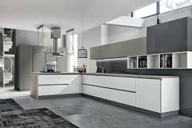 cuisine moderne blanche et cuisine moderne grise luxe idees de cuisine moderne en forme u de