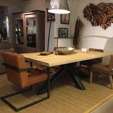 salle a manger design table trunk industriel plateau bois pied métal