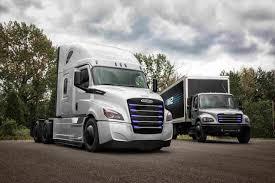 100 Socal Truck EPA SoCal Daimler Team Up To Demo 20 Heavyduty Electric