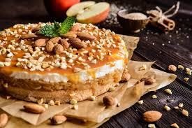 apfeltorte mit mandeln und karamell