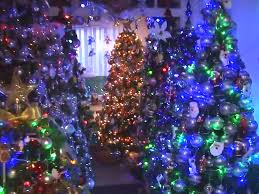 Best Christmas Tree Type Uk by A German Couple Decorated Their House With Over 100 Christmas