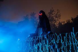 Halloween Mazes In Los Angeles Ca by Spookiest Places In Los Angeles For Halloween K Earth 101
